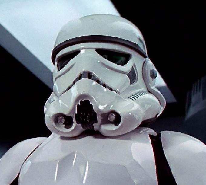 Fotos 360 del casco Stormtrooper (II) #VidePan #FacetheForce #StarWars #Madrid