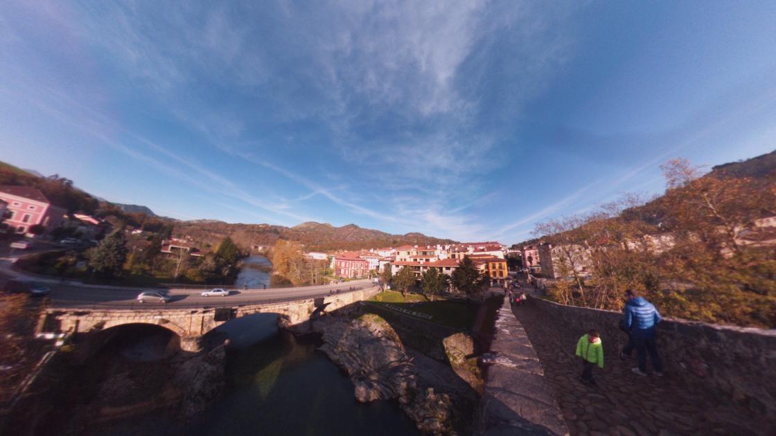 Fotos 360 Desde el Puente Romano de Cangas de Onís. #VidePan por #Asturias