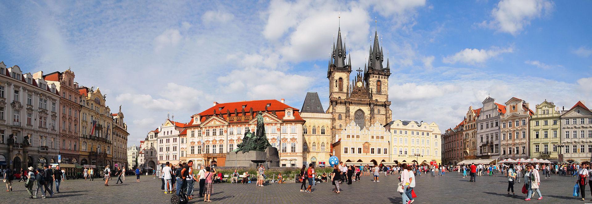 Fotos 360 Plaza de la Ciudad Vieja. #VidePan por #Praga