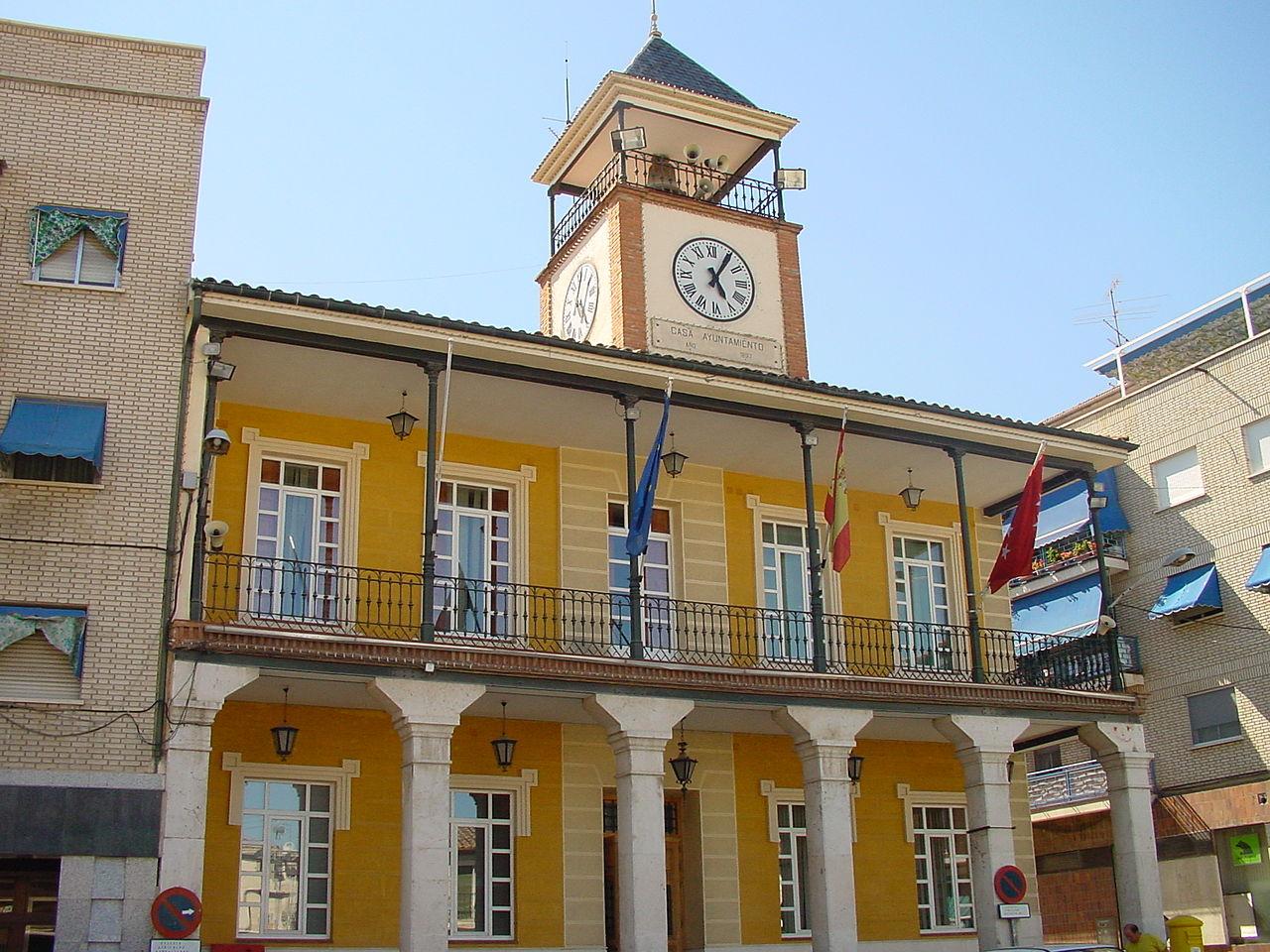 Fotos 360 Plaza del ayuntamiento de Morata de Tajuña. #VidePan por #Madrid