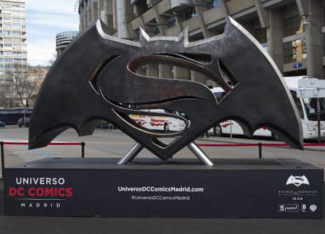 Fotos 360 Símbolo de Batman vs Superman. #VidePan por #Madrid