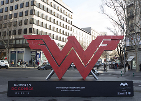 Fotos 360 Símbolo de Wonder Woman. #VidePan por #Madrid