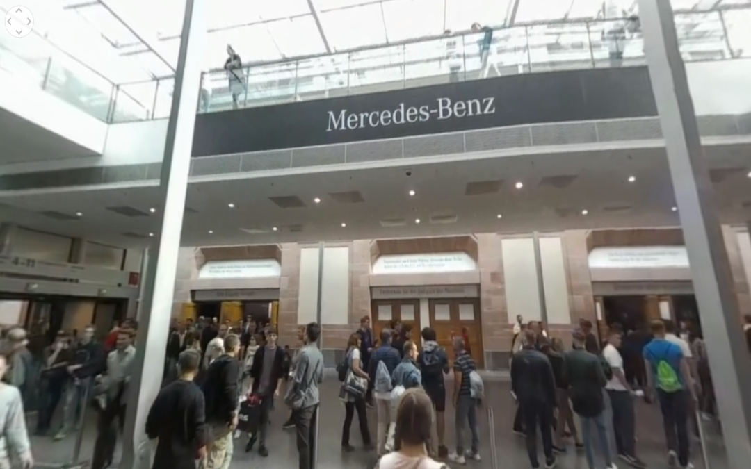 Vídeo 360 Entrada al stand de Mercedes-Benz en el IAA 2017