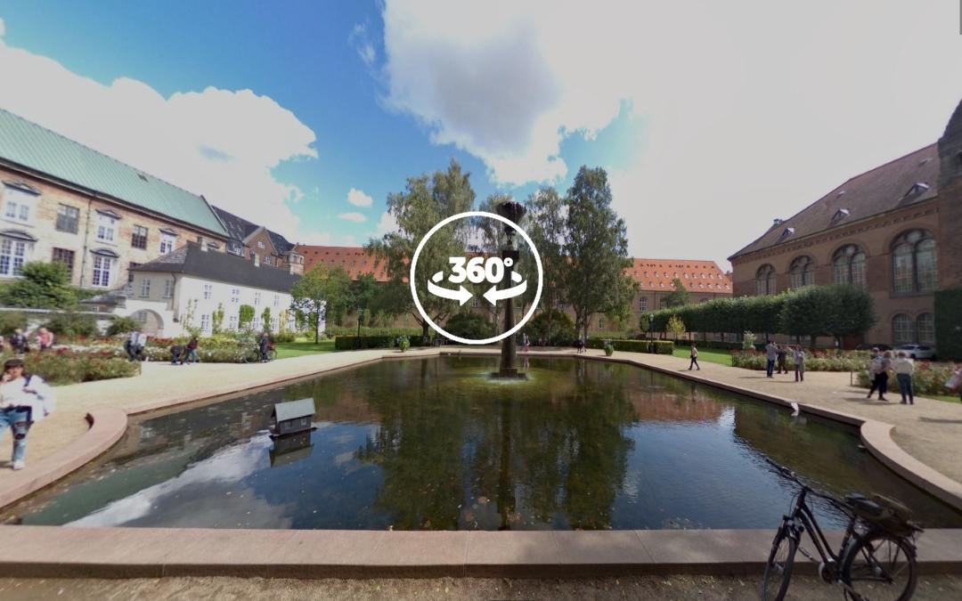 Foto 360 Søren Kierkegaard Statue i Bibliotekshaven. VidePan en Copenhague