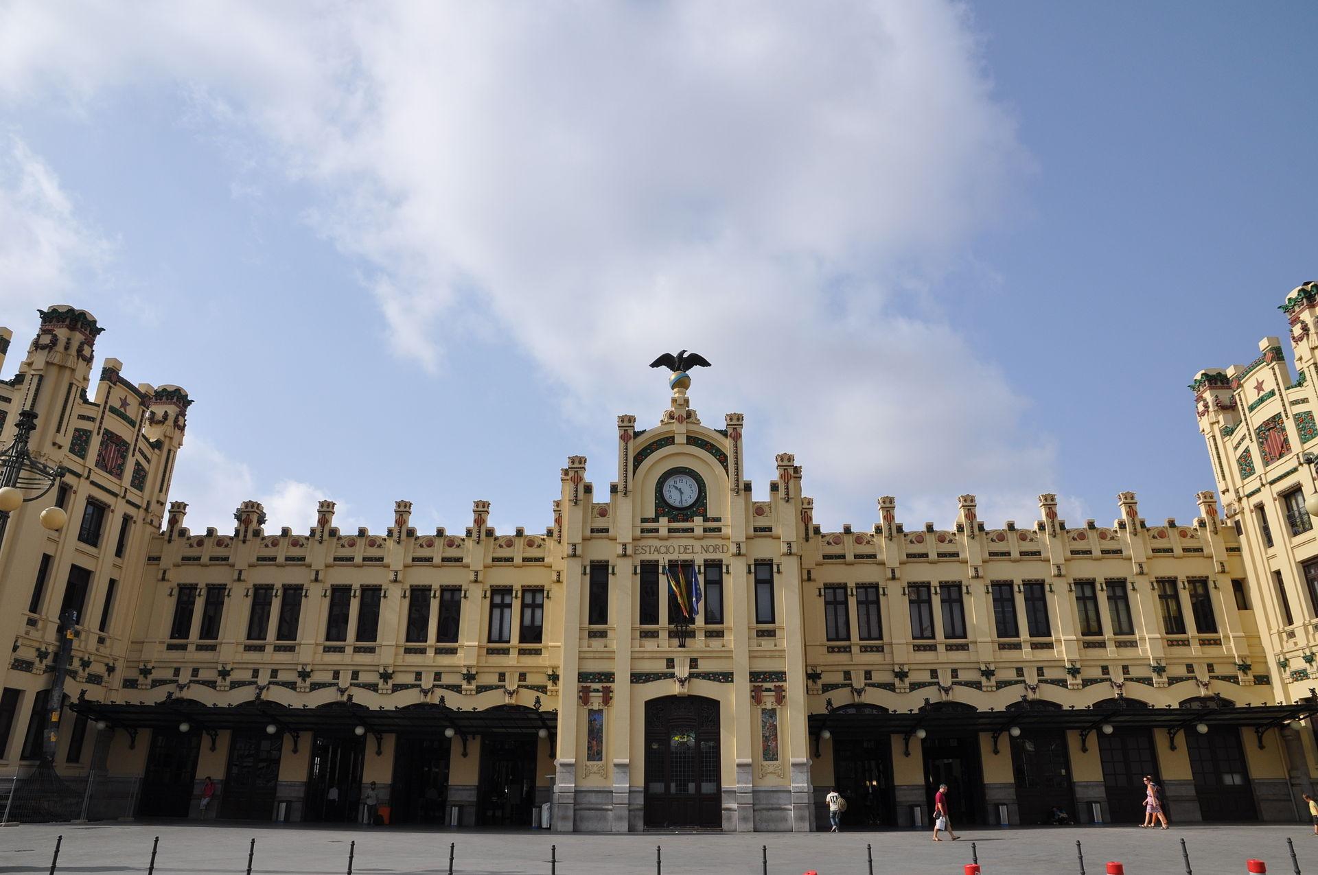 Fotos 360 Exterior de la estación del norte. #VidePan por #Valencia