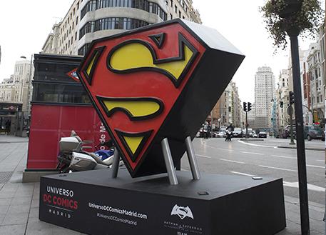 Fotos 360 Símbolo de Superman Clásico. #VidePan por #Madrid